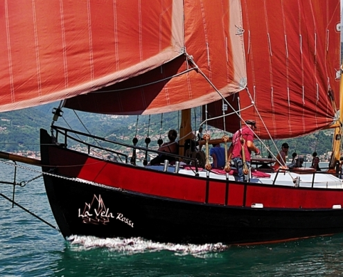 La vela rossa Domaso